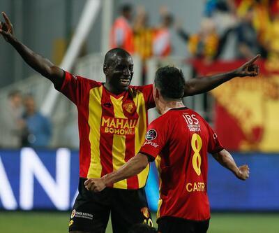 Demba Ba tepkilere rağmen işini yaptı: 23 dakikada 1 gol 1 asist