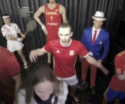 Gareth Bale'den eşek şakası!
