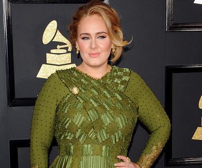 Adele'nin yıllık kazancı dudak uçuklattı