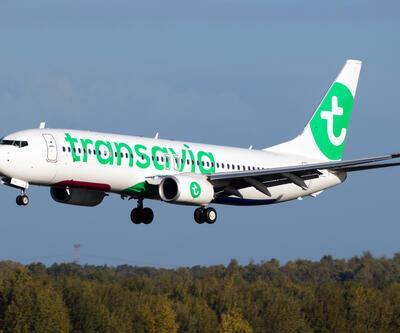 Hollanda'dan kalkan Antalya uçağında 8 kişi fenalaştı, acil iniş yapıldı