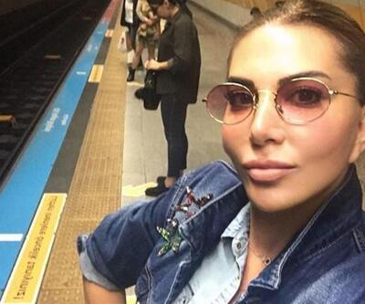 Ebru Yaşar metroda