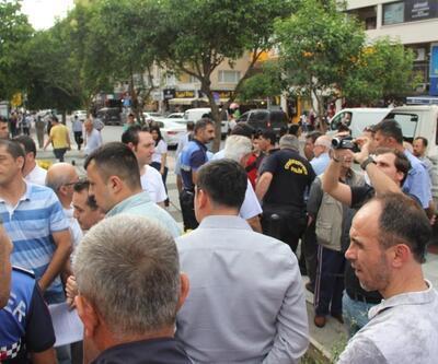 Manisa'da İYİ Partililer ile zabıtalar arasında arbede