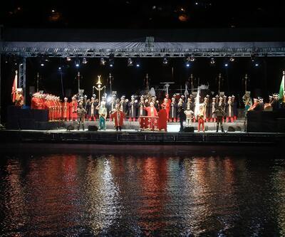 İstanbul'un Fethi'nin 565. yılı için Haliç'te görkemli kutlama