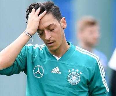Almanya'da Mesut Özil Meksika maçında oynamayacak