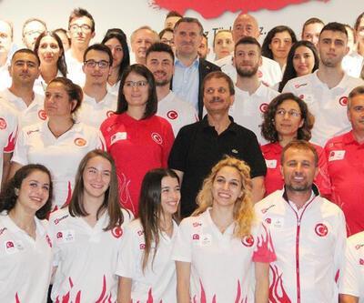 Bakan Osman Aşkın Bak sporculara moral verdi