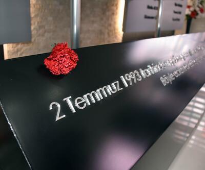 Sivas Katliamı'nda öldürülenler 25'inci yılında anıldı