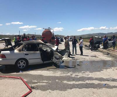Sivas'ta kaza yapan LPG'li araç alev aldı: 5 ölü, 3 yaralı
