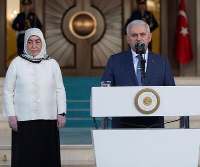 Başbakan Yıldırım'dan personeline veda: Vesayet sistemi millet eli ile sona ermiştir