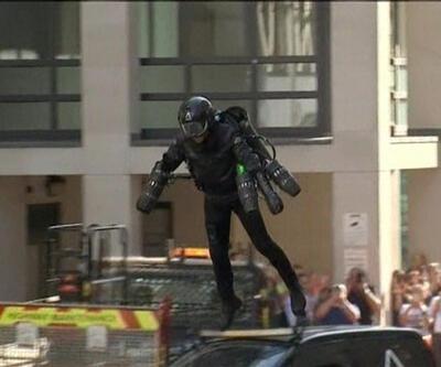 Iron Man olmak mümkün: Uçuran kostüm satışa çıktı!