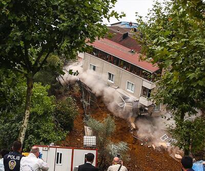 Sütlüce'deki bina böyle çöktü