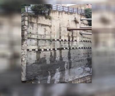 Beyoğlu'ndaki istinat duvarının çöküş anı