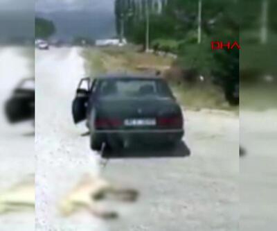 Otomobiline bağladığı köpeği sürükledi!