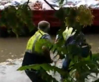 İstanbul'da şiddetli yağış ve dolu paniği