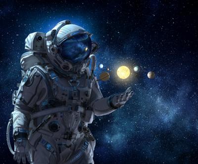 Uzaya gidecek astronotlar canlı yayında belirlenecek