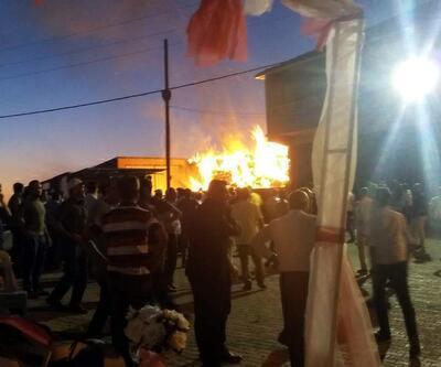 Düğün yaparken köyü yaktılar