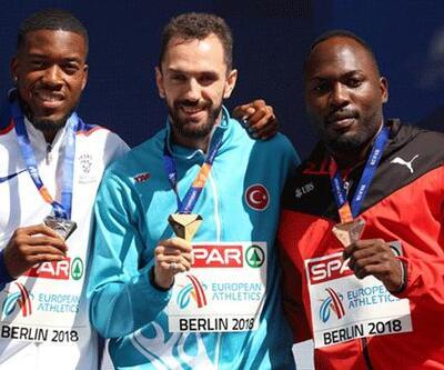 Ramil Guliyev altın madalyasını aldı