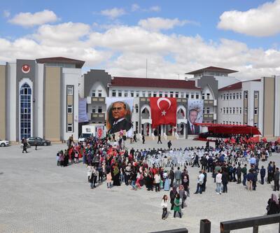 Sorgun'da 24 derslik Şehit Nusret Atmaca Kız Anadolu İmam Hatip Lisesi törenle açıldı