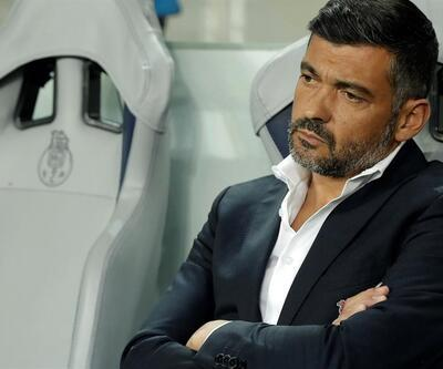 Porto galibiyeti Aboubakar'a hediye etti
