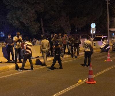 Polis merkezi önünde çatışma