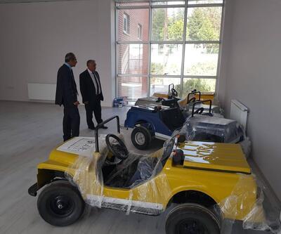 Başkan Özkan Gençlik Merkezi'ni inceledi