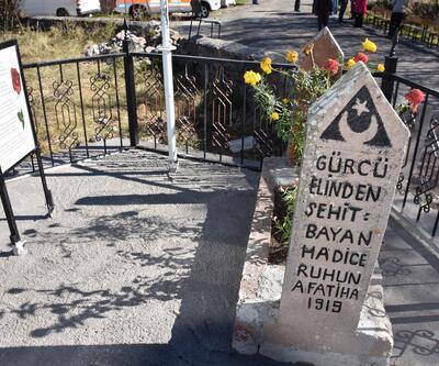Kahraman Türk kadını Badeleli Hatice 99 yıl sonra ilk kez mezarı başında anıldı