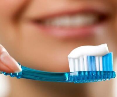 Diş fırçası ve diş macunu seçiminde nelere dikkat etmeliyiz?