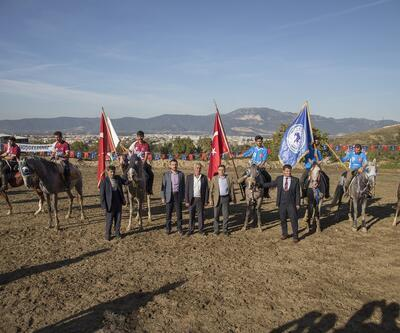 Bursa'da Cumhuriyet Bayramı ciritle kutlandı