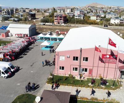 Van Büyükşehir Belediyesi, itfaiye filosunu güçlendirdi