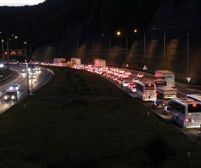 Anadolu Otoyolu'nda 29 Ekim yoğunluğu