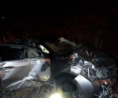 Otomobil uçuruma yuvarlandı: 5 yaralı