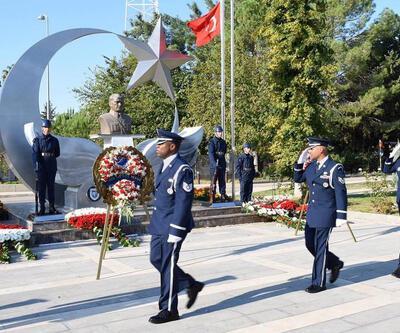 İncirlik'teki 10 Kasım törenine ABD askerleri de katıldı
