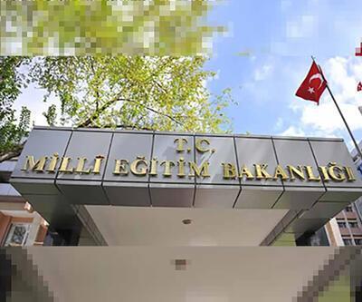 Milli Eğitim Bakanlığı 'Andımız' dilekçesini yazan hukukçuları görevden aldı
