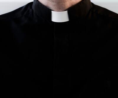 Papaz 120 bin euro çaldı