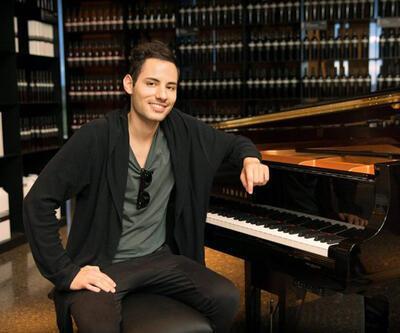 Dünyanın en hızlı piyanisti İzmir'de