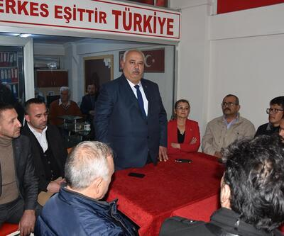 MHP Akhisar'da yeni başkan Ahmet Namal