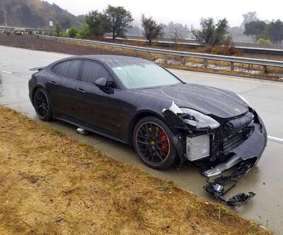 Stephen Curry trafik kazası geçirdi