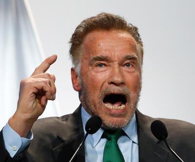 Arnold Schwarzenegger: Çatlak bir başkanımız var!