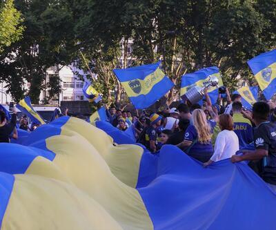 Boca Juniors taraftarları takımlarını Madrid'e uğurladı