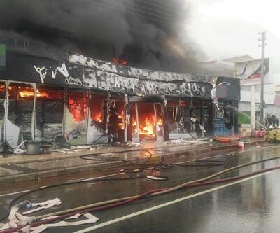 İzmir'de çıkan yangın güçlükle kontrol altına alındı