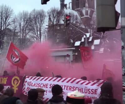 Avusturya hükümetine karşı dev gösteri