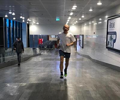 Atatürk Havalimanı'nda Sloven profesörden boş vakit koşusu