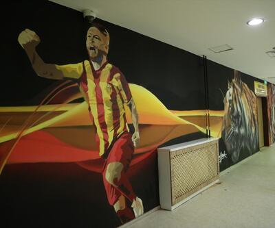 Evkur Yeni Malatya'nın soyunma odasına grafiti çalışması