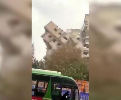 Çin'de bina yıkım çalışmasında faciadan dönüldü
