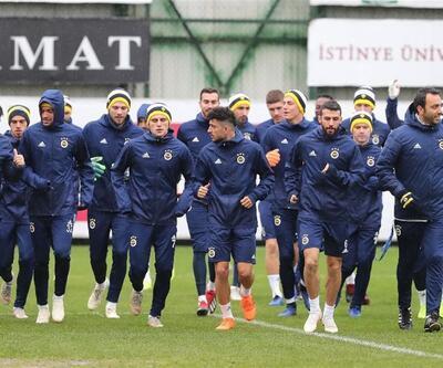 Fenerbahçe'nin kamp kadrosu açıklandı