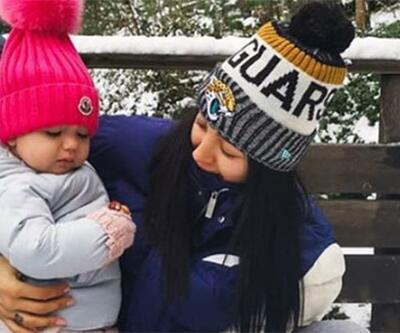 Özlem Ada Şahin ve Arya'nın kar eğlencesi