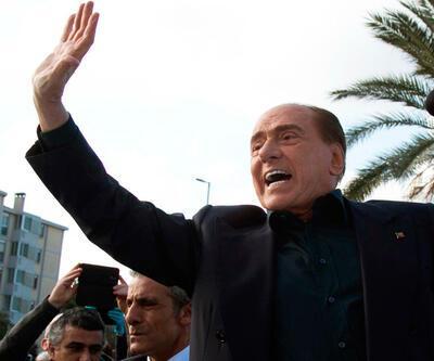 82 yaşındaki Berlusconi AP seçimlerinde aday oluyor