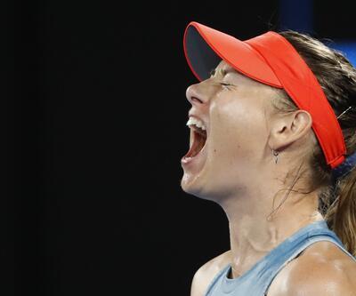 Agresif Sharapova geri döndü