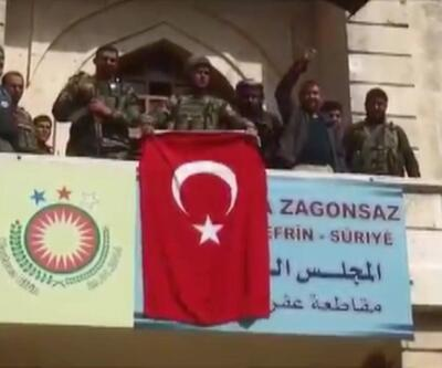 Mehmetçik Afrin şehir merkezinde - Zeytin Dalı Harekatı 1. yıl - 6