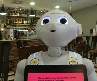 Robotlar servis yapıyor