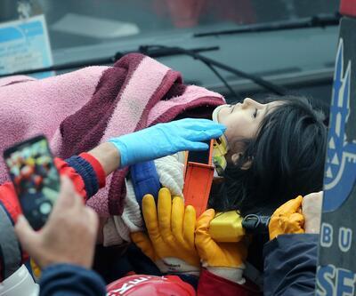 Kartal'da çöken binada Havva adlı çocuk kurtarıldı